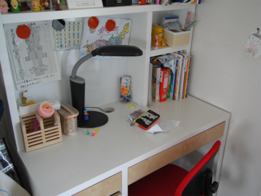 UVコーティング 家具 机
